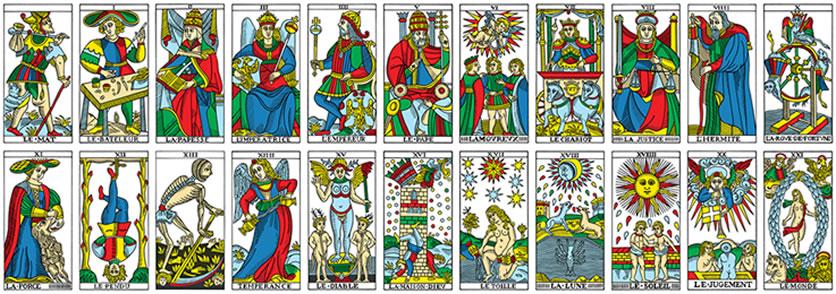 Cómo hacer que una tirada de cartas gratis te sea útil cartas del tarot
