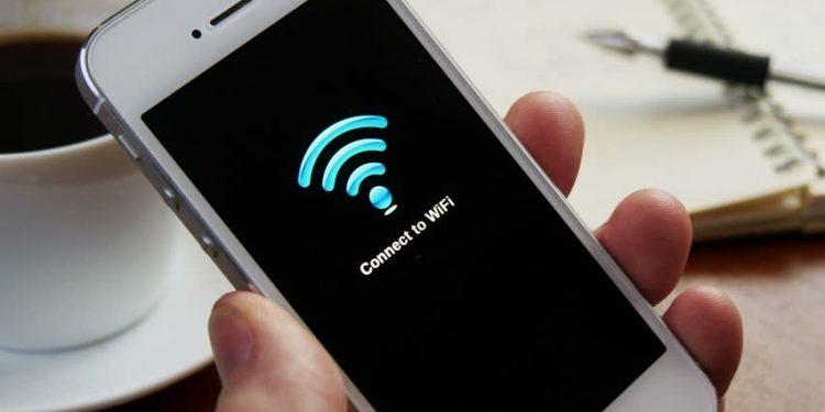 Por qué se me desconecta el wi-fi del móvil